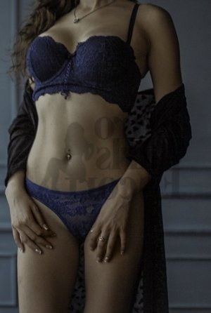 Omeyma escorts in Grass Valley
